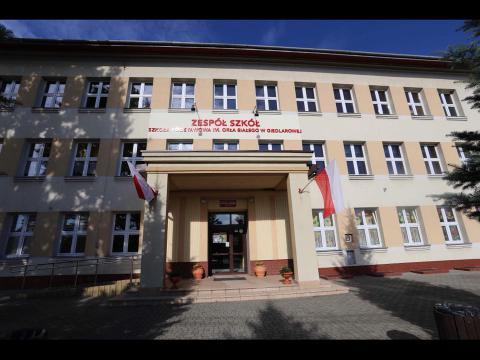 Obrazek użytkownika Zespół Szkół - Szkoła Podstawowa im. Orła Białego w Giedlarowej